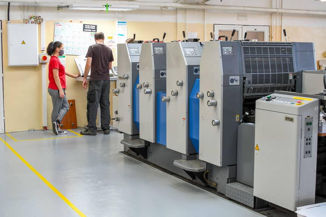 Tiskový stroj